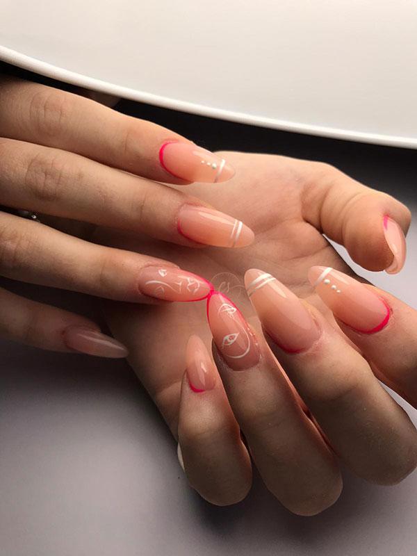 Nail art color semplice