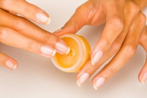 I nostri consigli tutti i rimedi naturali per le vostre unghie
